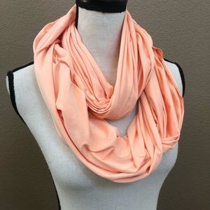 Lucy infinity scarf golden peach one size
